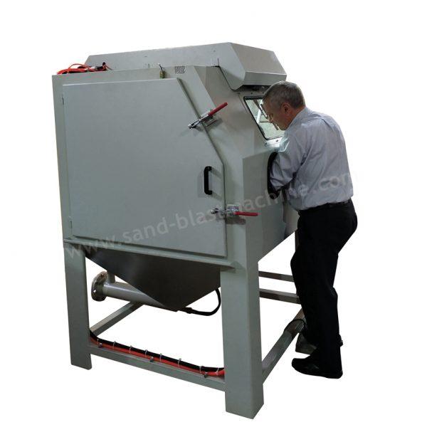 dustless blasting machine